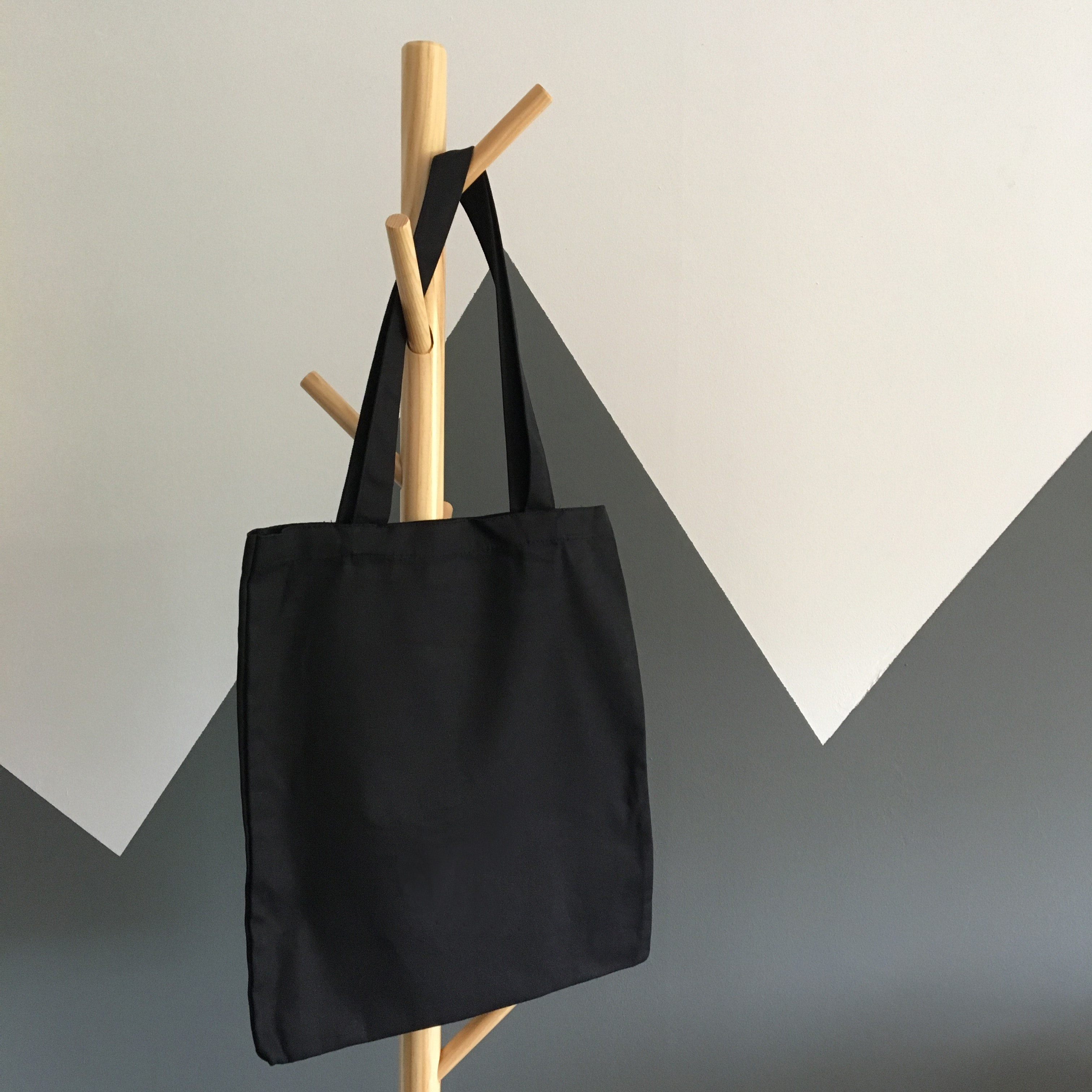 Wholesale Tote Bag Printing in Singapore: Fast, Great Prints, Quality Bag.
